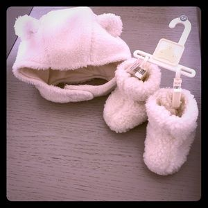 BabyGap newborn winter set